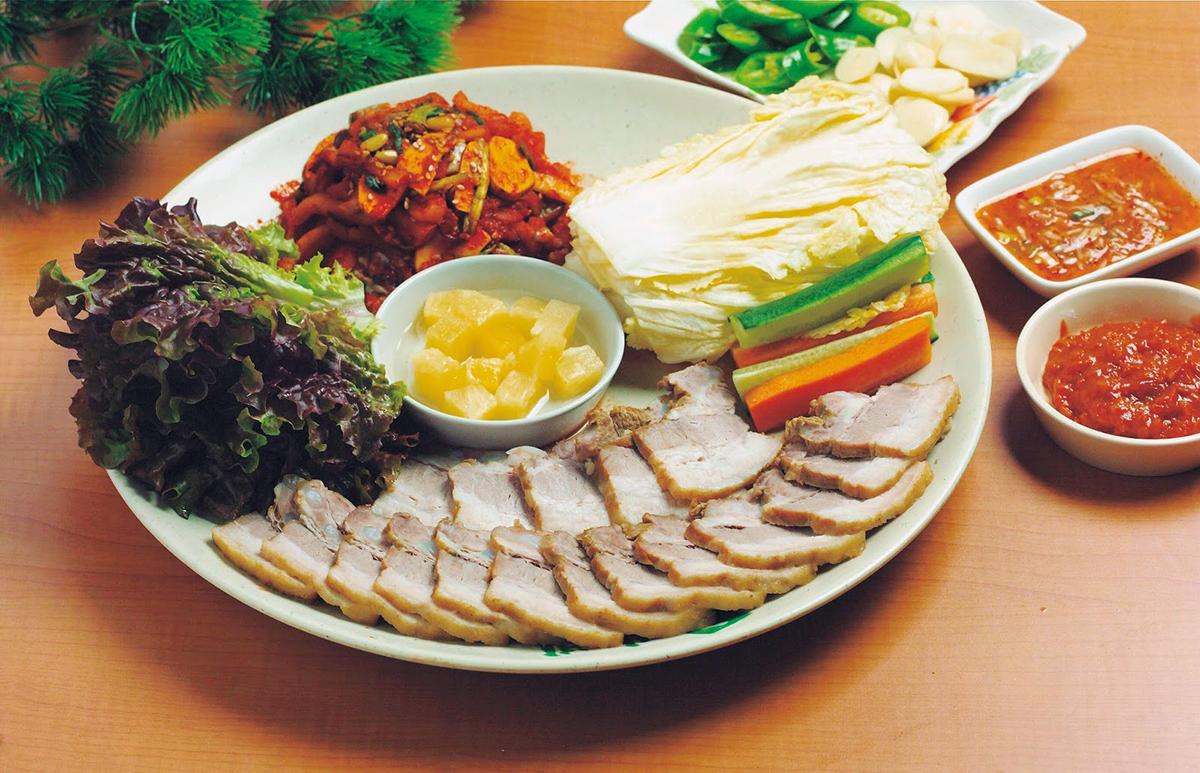 อาหารเกาหลี Bossam และ Bossam Kimchi